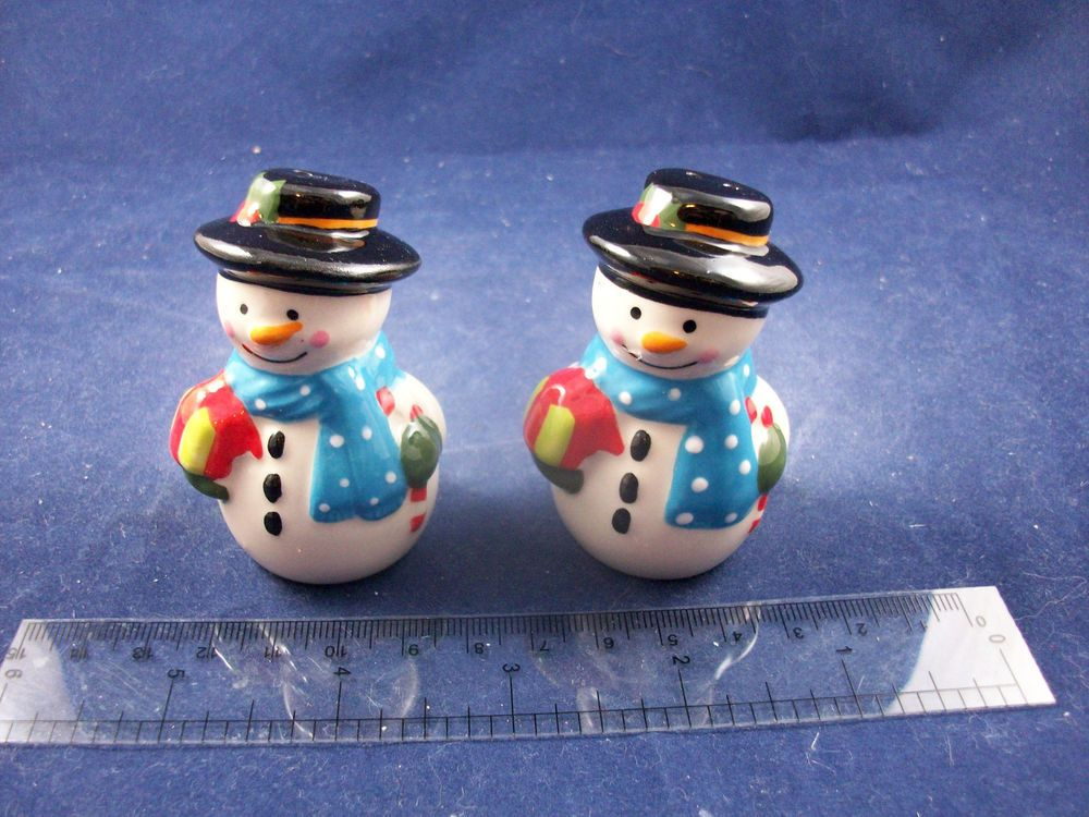 NEW Cracker Barrel Mini Happy Snowman 2016 Salt & Pepper Shakers ...