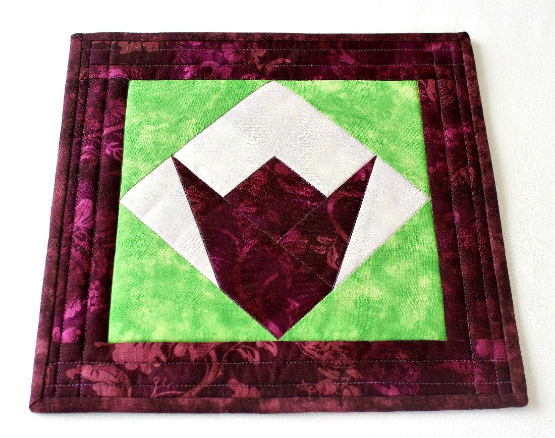 Fabric Trivet, Quilted Hot Pad, Insulated Trivet, Tulip Candle Mat ... : quilted insulated fabric - Adamdwight.com
