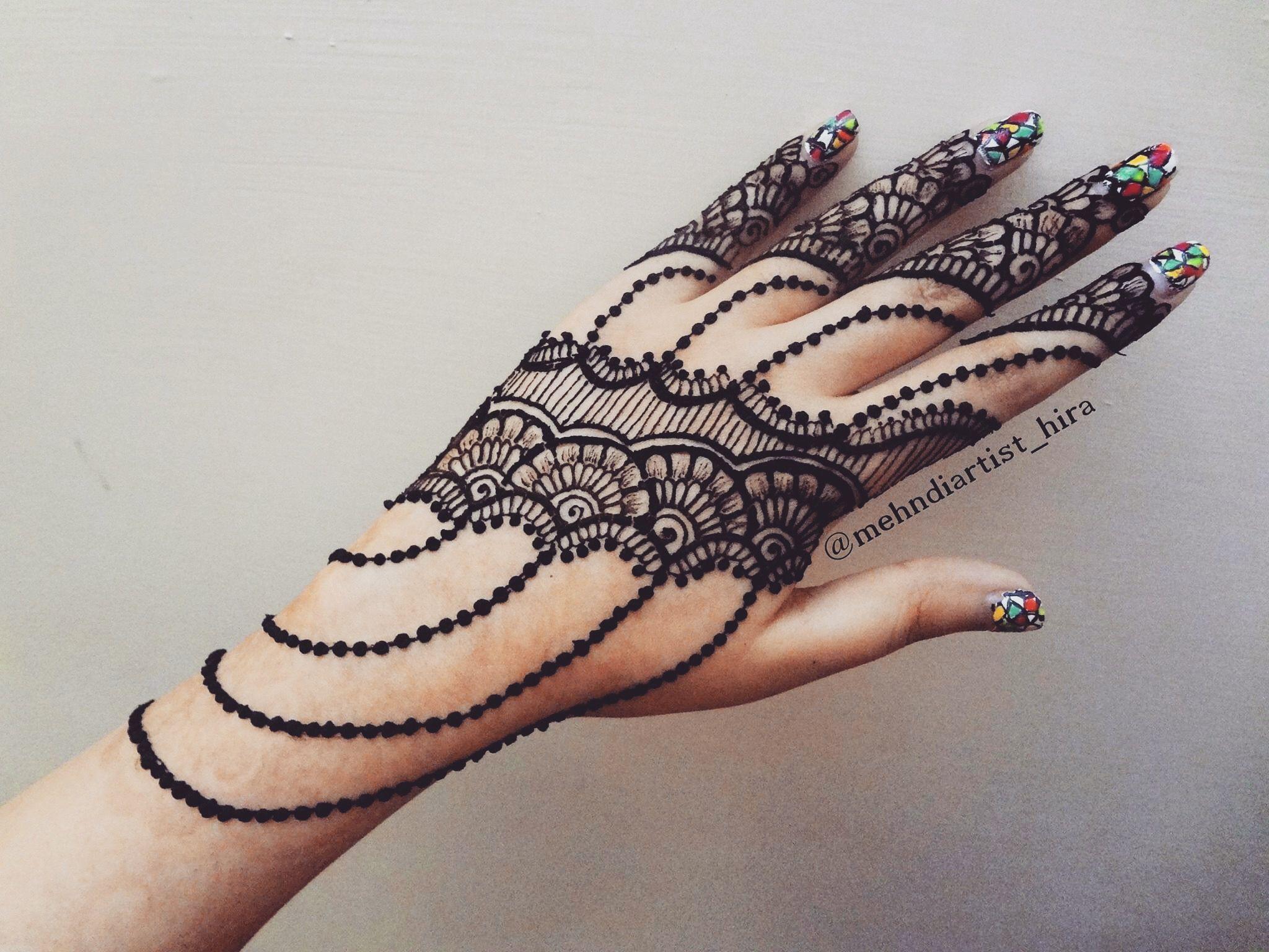 Tatuajes Mehndi Diseños : Pin de ameena mc en henna designs diseños con