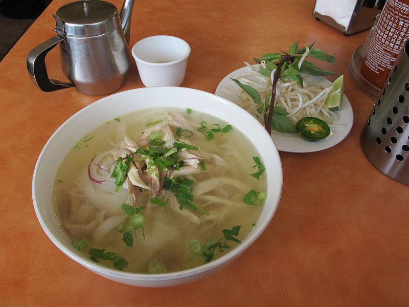 Pho Ga Xe Phay From Pho Phu Quoc Beef Noodle House San Francisco This Is A Chicken Noodle Soup Wiht Flat Rice Noodles From Beef And Noodles Noodle House Soup