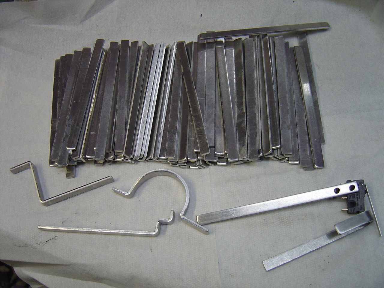 Metalworking 41369 Aluminum Strips 125 Thick X 1 4 Wide X 4 Long 100 Pcs Buy It Now Only 12 99 On Ebay Metalworking Alum Metal Working Aluminum Ebay