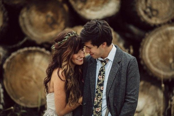 Love the earthy feel of the giant logs in the background | Photo by The Mullers