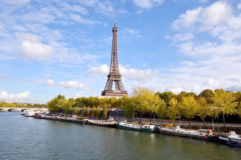 Air BnB - Houseboat/péniche Eiffel Tower