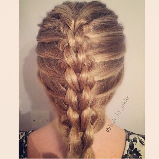 combined a scissor braid with the loop technique