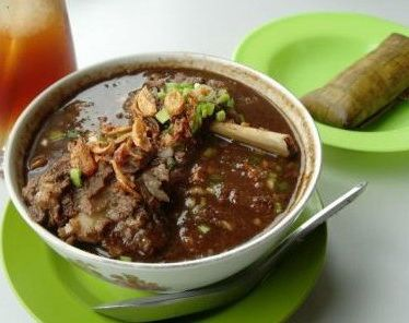 Sop Konro Asli Makassar Sulawasi Indonesia - http://infooresep.blogspot.com/2014/05/resep-sop-konro.html