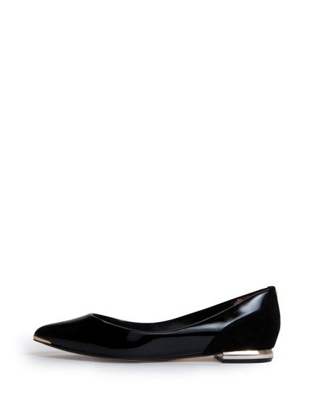 55b2a93eacfcff Pointed patent leather pumps - Black