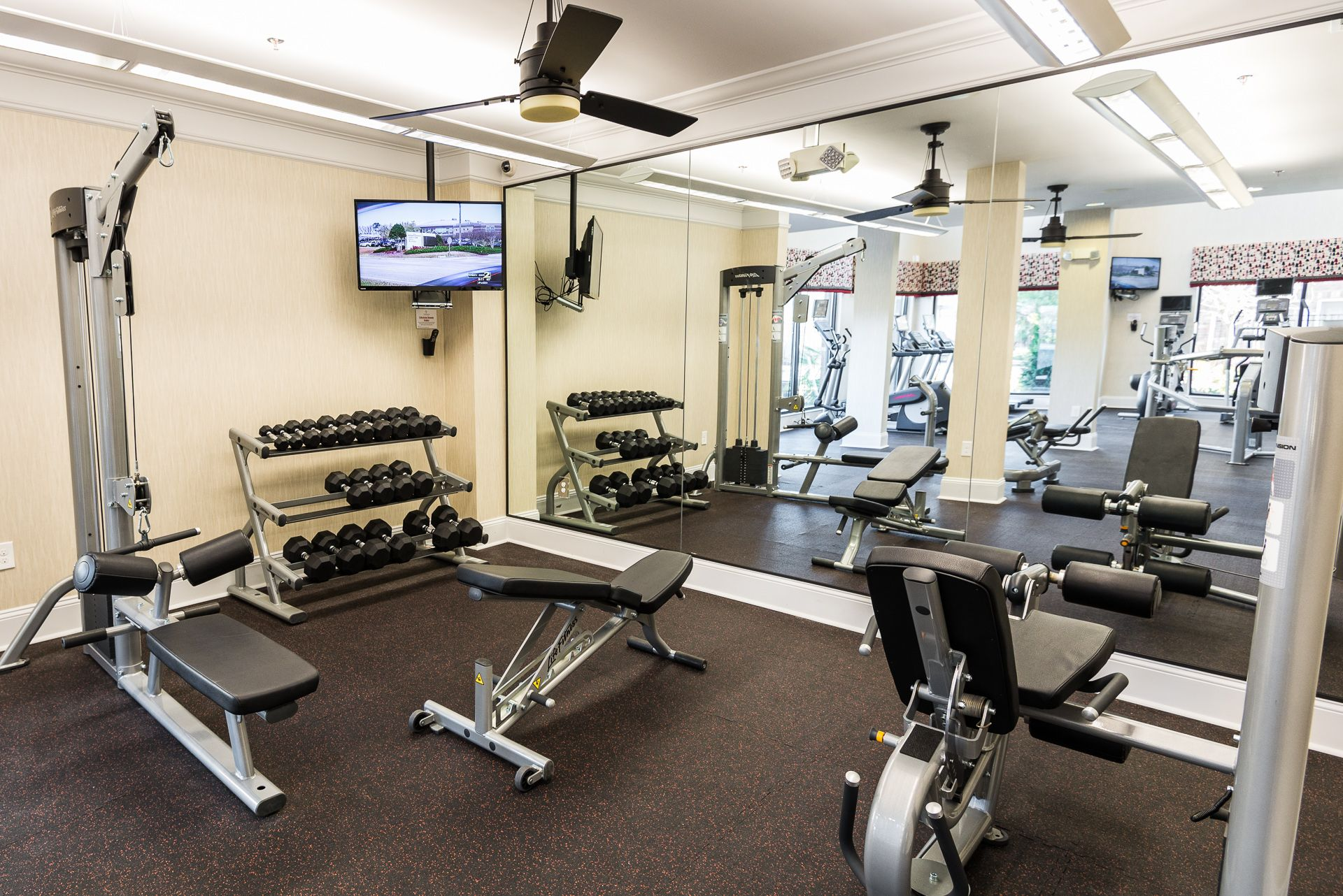 Terraces At Suwanee Gateway 24 Hour Fitness Room Located At 480 Northolt Parkway Suwanee Ga 30024 678 One Bedroom Apartment Suwanee Apartment Communities