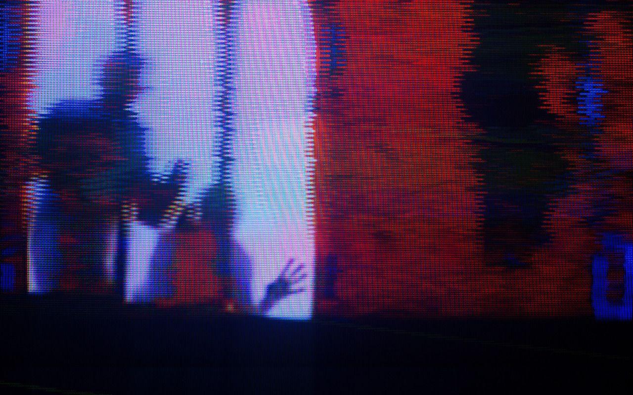 VHS analog Trent Reznor Atticus Ross glitch glitch art ...