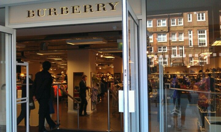 quality design 414d4 2452e Burberry Outlet | London | Burberry outlet, Burberry ...