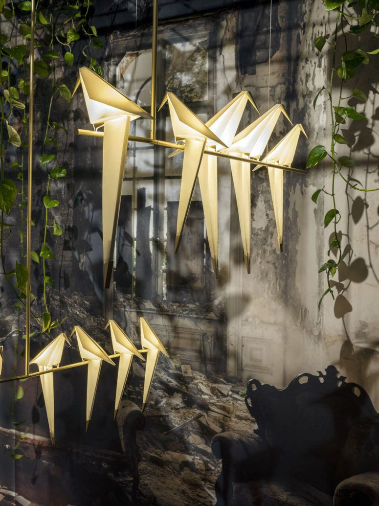 Perch light family lamps and chandliers are shaped as origami birds perch light family lamps and chandliers are shaped as origami birds arubaitofo Image collections