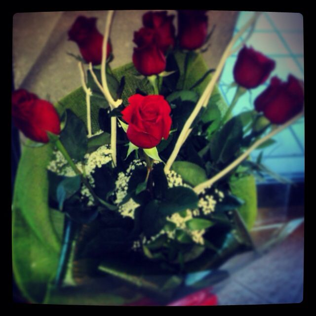 #red #roses #online