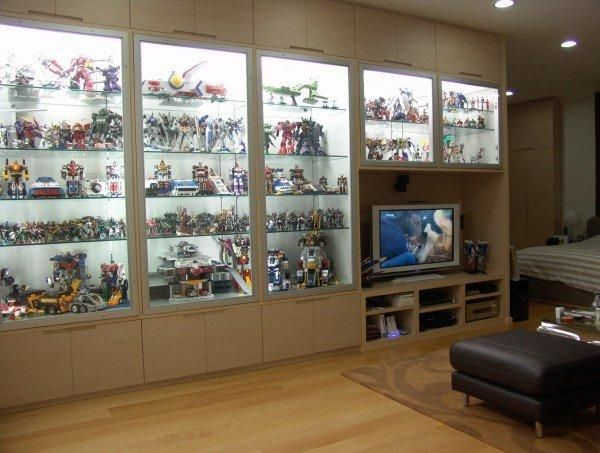Byrne Robotics Statues Action Figures And Other Toys Displaying Collections Living Space Decor Toy Shelves