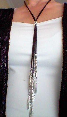 e0f334326502 Collar de cuero y zamak Collar zamakCollar largo ajustable colgante ...