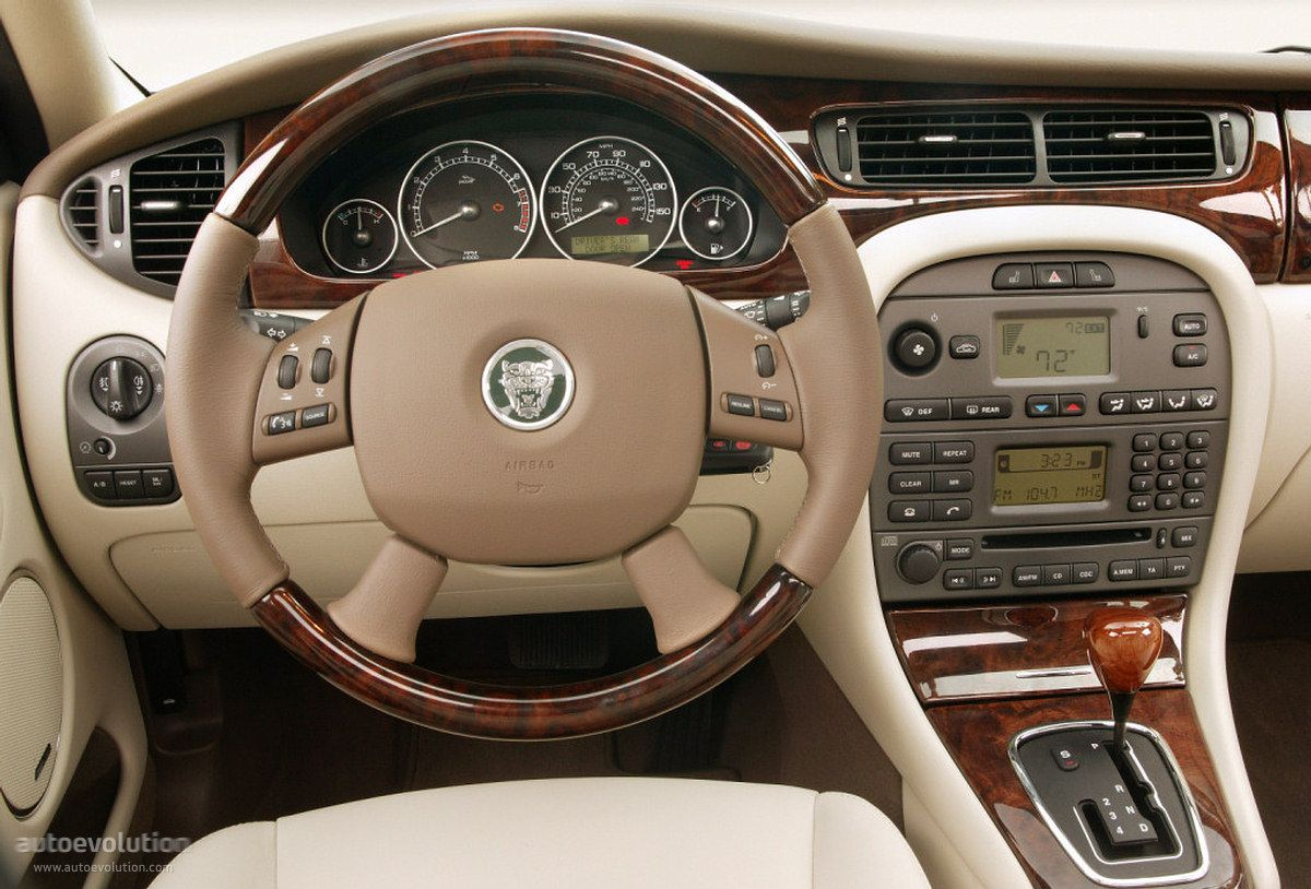 further Original likewise Aef A B D F C Bcb also Jaguar S Type Immaculate Inside And Out Extremely Lgw in addition Honda Accord Coupe. on 2000 jaguar s type interior