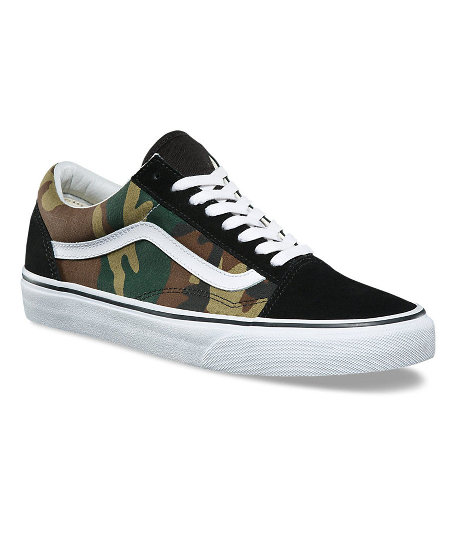 61085063d0 The Woodland Camo Old Skool