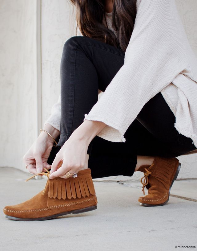 Mocassins Minnetonka Moccasins Outfit How To Wear Minnetonka Boots Outfit