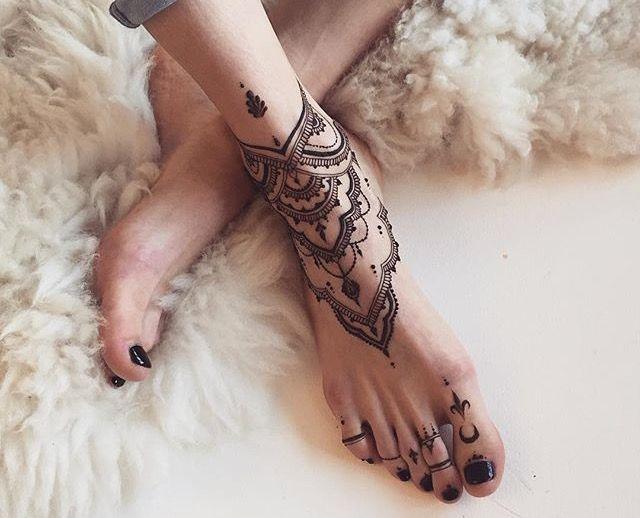 Mehndi Ankle Boots : Pin by vijendradabhi gmail on mehndi hennas