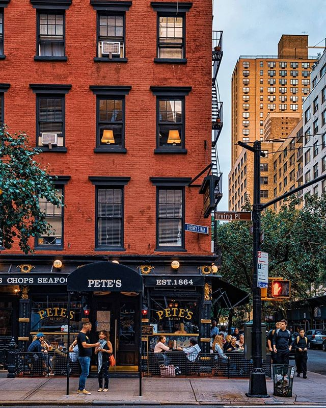 """Culture Trip on Instagram: """"Pete's Tavern has been in business for over 140 years, making it the oldest operating bar and restaurant in New York City. Working to…"""""""