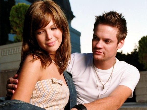 A Walk to Remember, Shane West, Mandy Moore, first love, I could watch it over and over again! Love This!