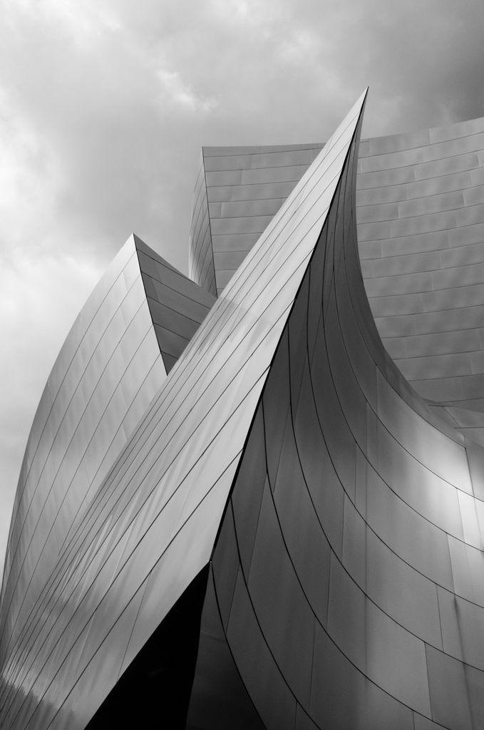Frank o gehry walt disney concert hall architecture for Innenarchitektur innsbruck studium