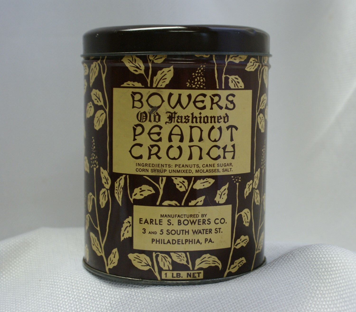 Vintage Brown tin, Bowers Peanut Crunch, kitchen can, candy tin by RusticBuckets on Etsy https://www.etsy.com/listing/200007978/vintage-brown-tin-bowers-peanut-crunch