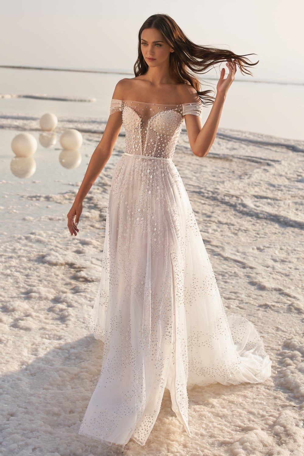 Oh My Lace This Eileen Couture Wedding Dress Is Filled With Exquisitely Feminine Details Perfect For The Vintage Bride Wedding Dress Couture Bridal Dresses Bridal Gowns