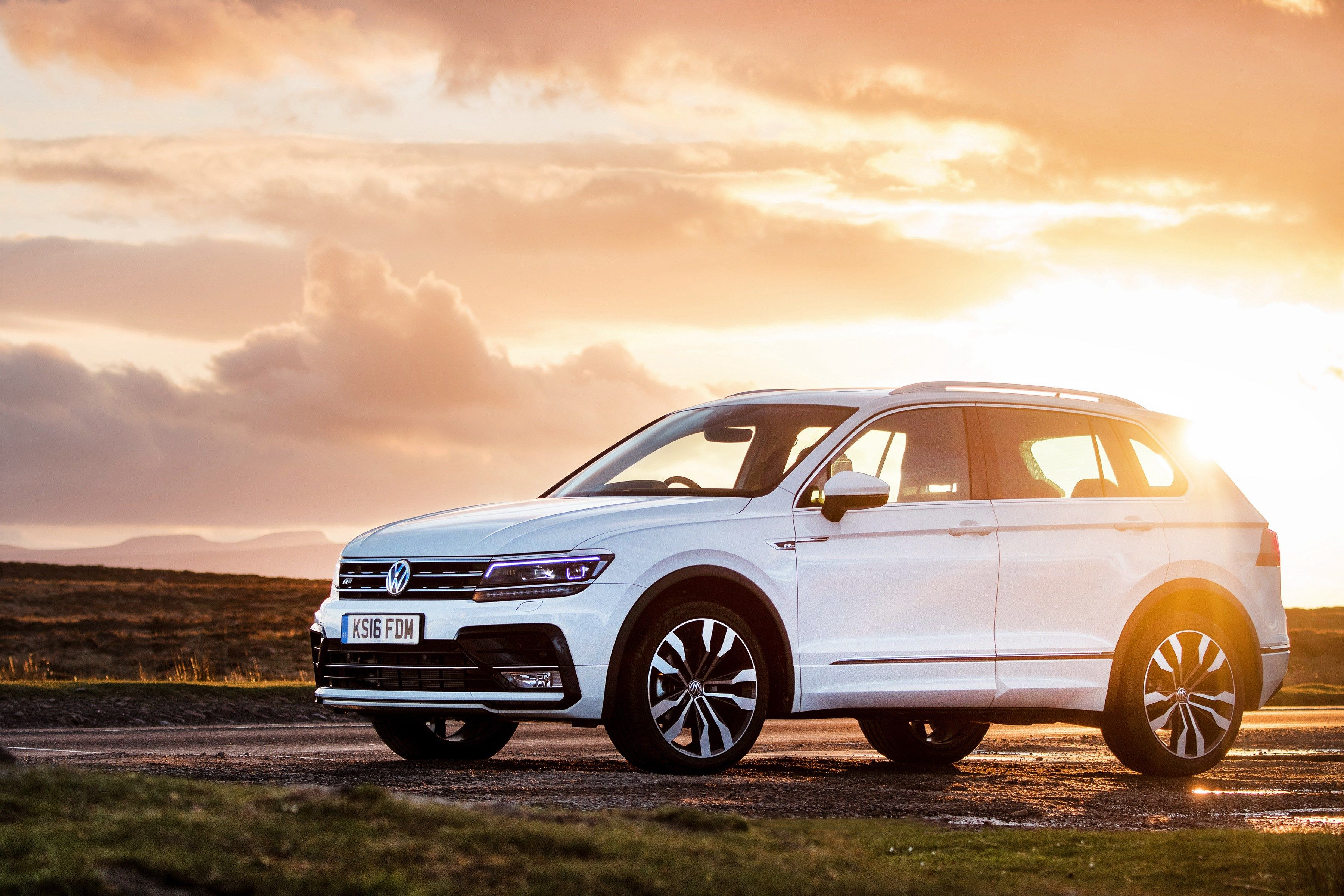 Free Volkswagen Tiguan Image Anjanette Holiday 2017 03 22 Volkswagen Dream Cars White Jeep