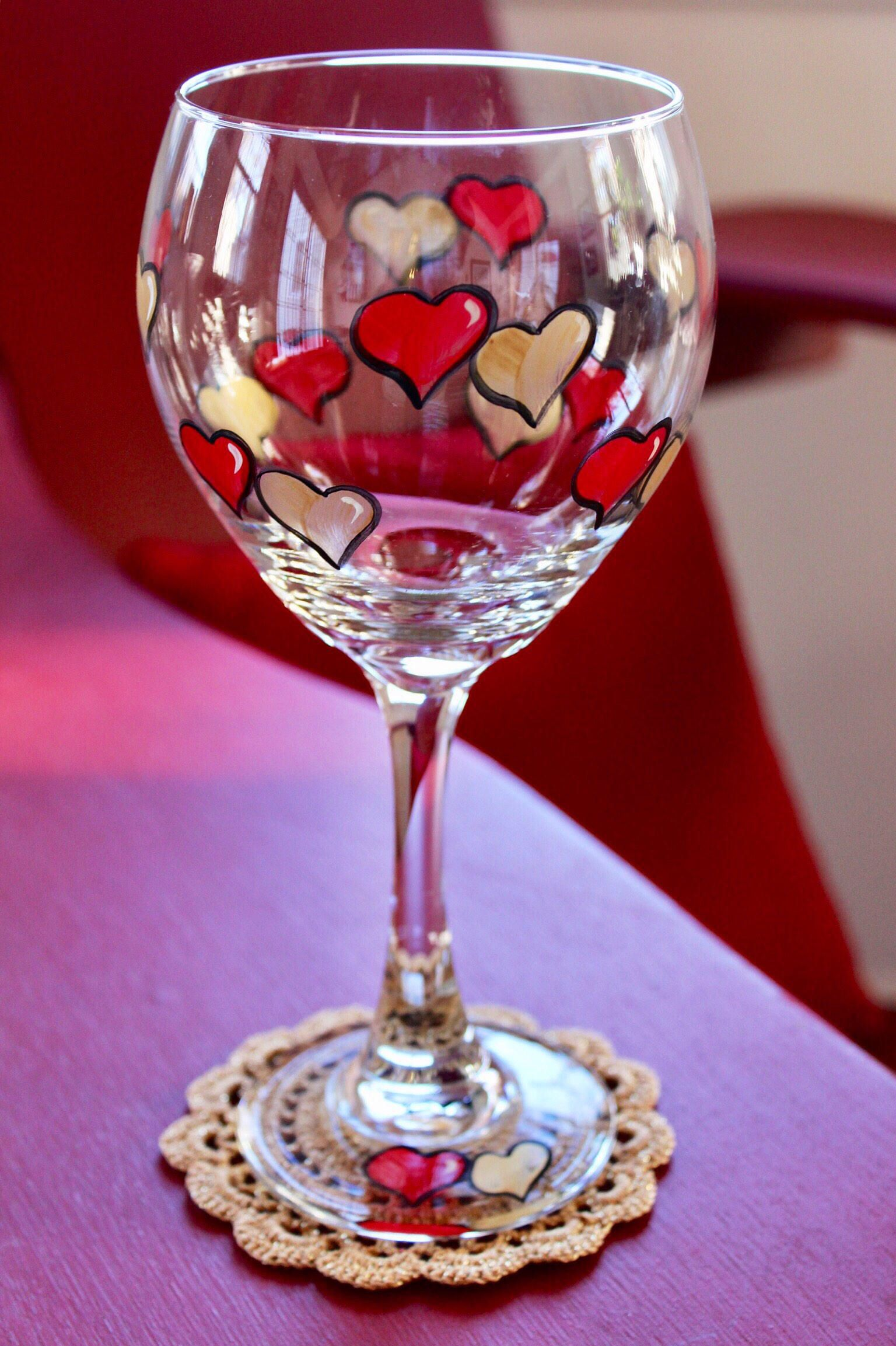 Red And Gold Hearts Hand Painted Wine Glass Etsy In 2020 Hand Painted Wine Glass Painted Wine Glass Wine Glass