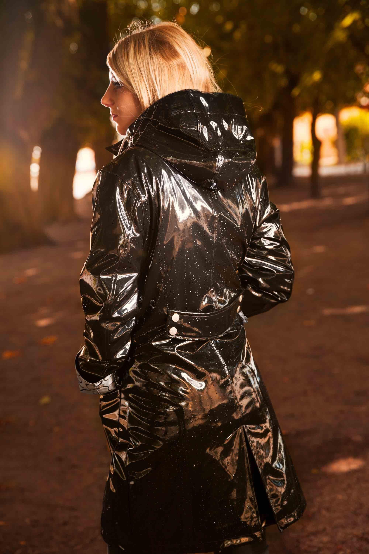 kid order offer Osregn Womens Raincoat - Shiny Liquorice Black 2   chaquetas ...