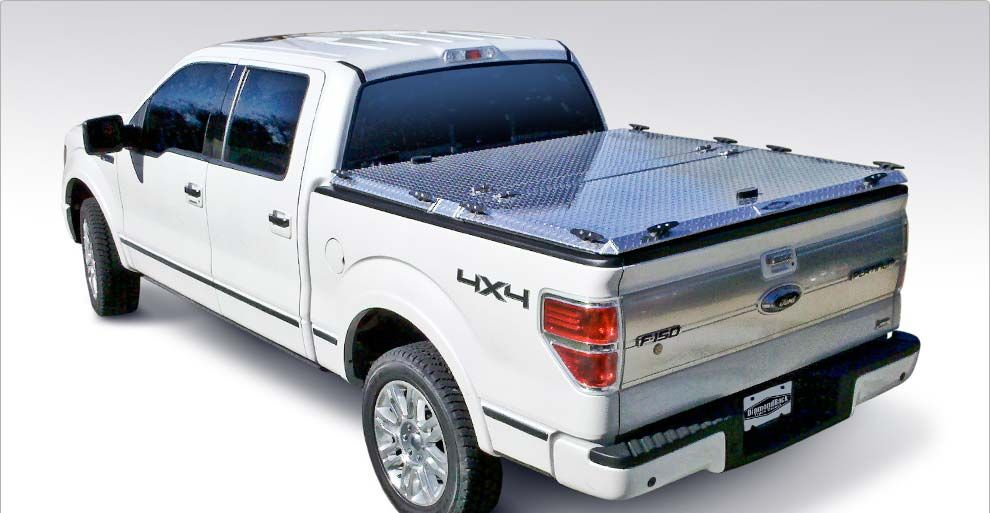 closed diamondback hd truck bed cover on ford f150 | cars and
