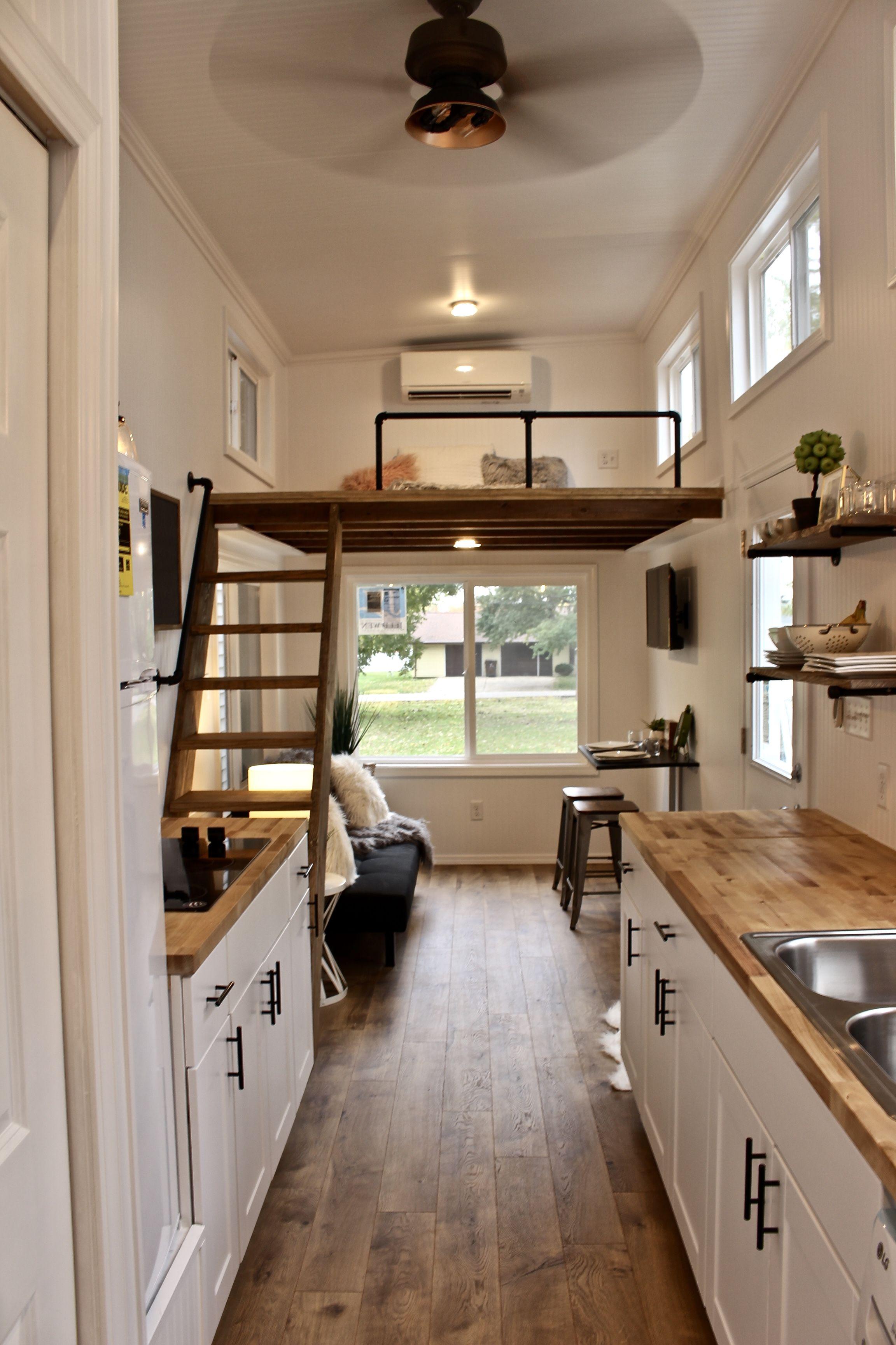 26' Chateau Shack Tiny Home on Wheels #tinyhome