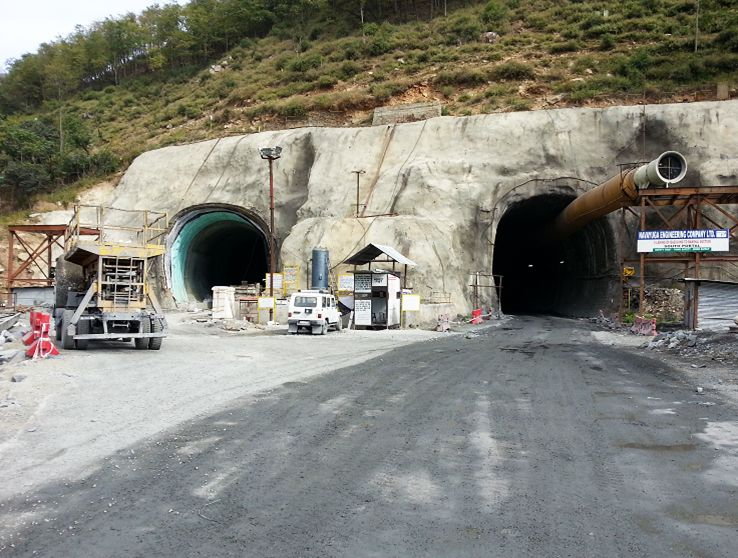 Himalayas tunnel google search world 39 s biggest tunnels for Enormi planimetrie