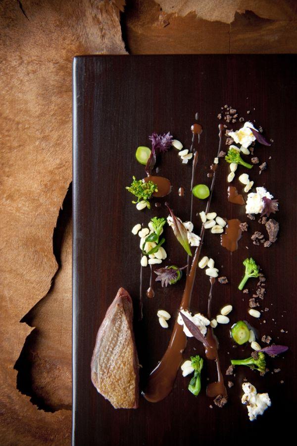 """Pigeonneau de Flandres """"étouffé"""" & Huila Colombian Chocolate (65%) - The ChefsTalk Project"""