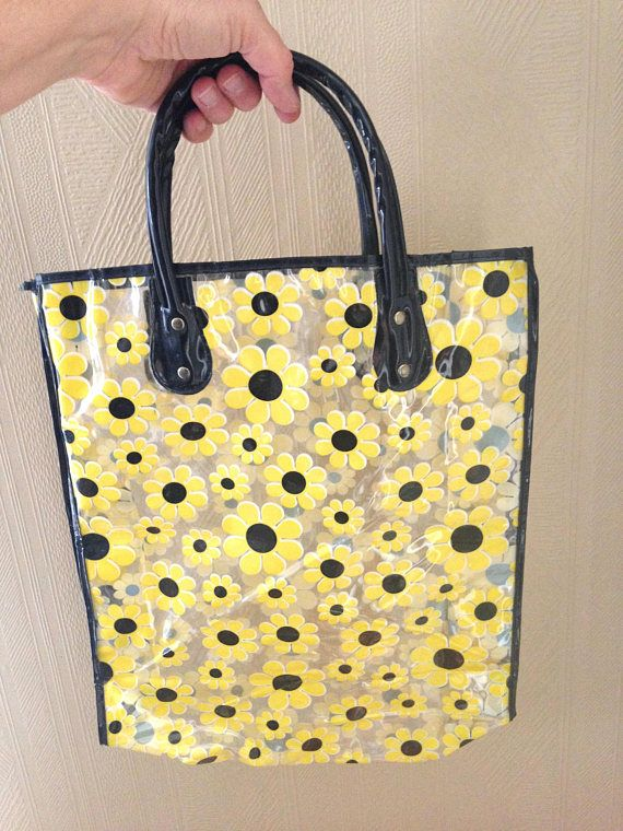 af9ba0ce202a Vintage 1960s Clear Plastic Tote Bag Beach Bag with Mod Yellow and ...