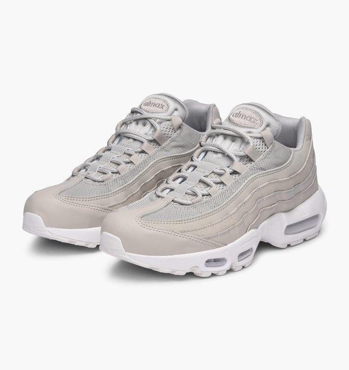 separation shoes c3896 8e28c ... unique design ca41b cccfe caliroots.se Air Max 95 Essential Nike  749766-020 342652 ...