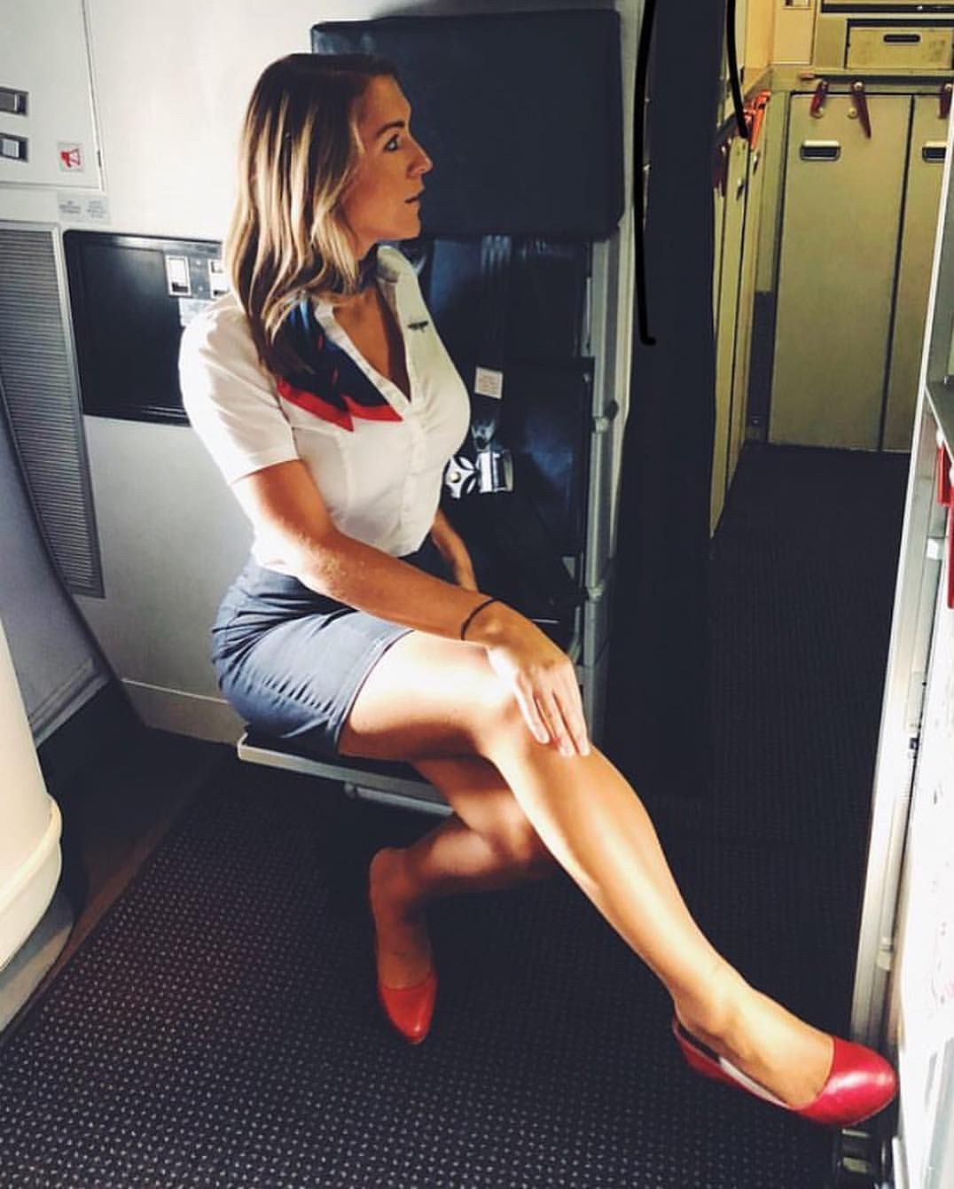 Airline Milf ✈️#cabincrew #stewardess #aviation #beautiful_flying