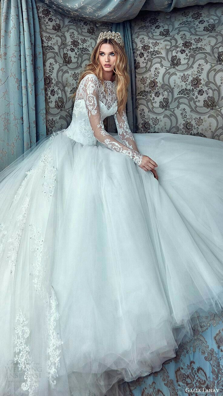 Pin by Foam Tarat on Wedding dress | Pinterest | Wedding dress ...