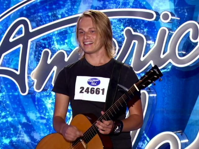 Local singers pass 'American Idol' auditions