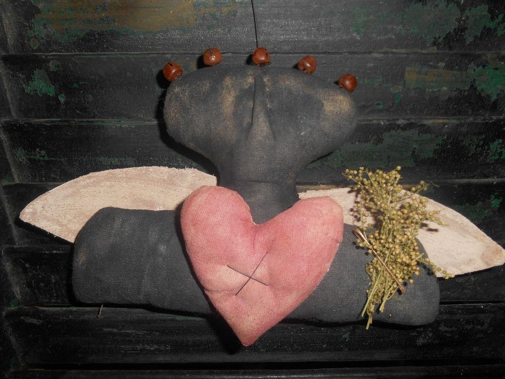 Extreme Primitive Grungy Angel Heart Ornie Sitter Hanger Valentine Handmade Gift #NaivePrimitive #handmade