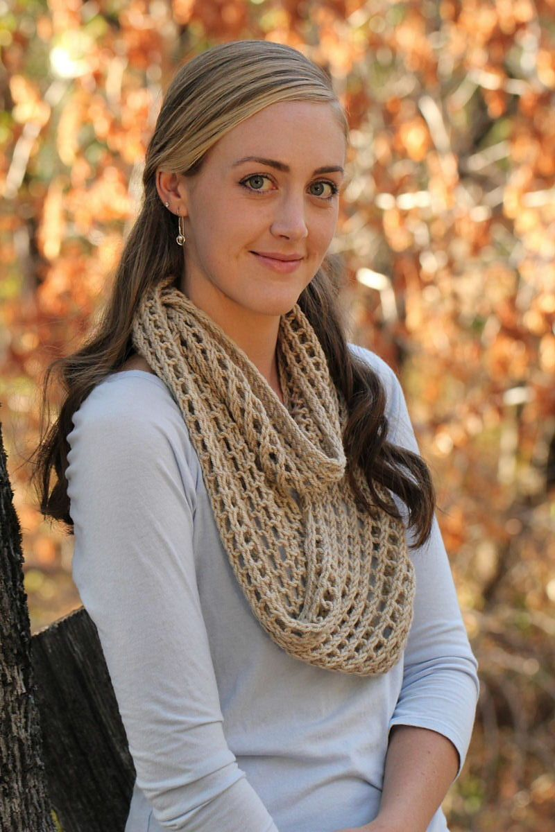 Ravelry: Mammoth Mill Infinity Scarf pattern by Maria Olson ...