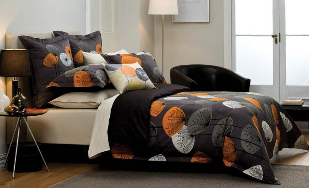 Dandelion Clock Slate Quilt Cover By