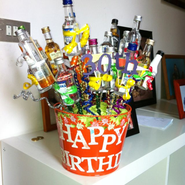 Turning 30 Birthday Basket: Dirty 30 Bouquet