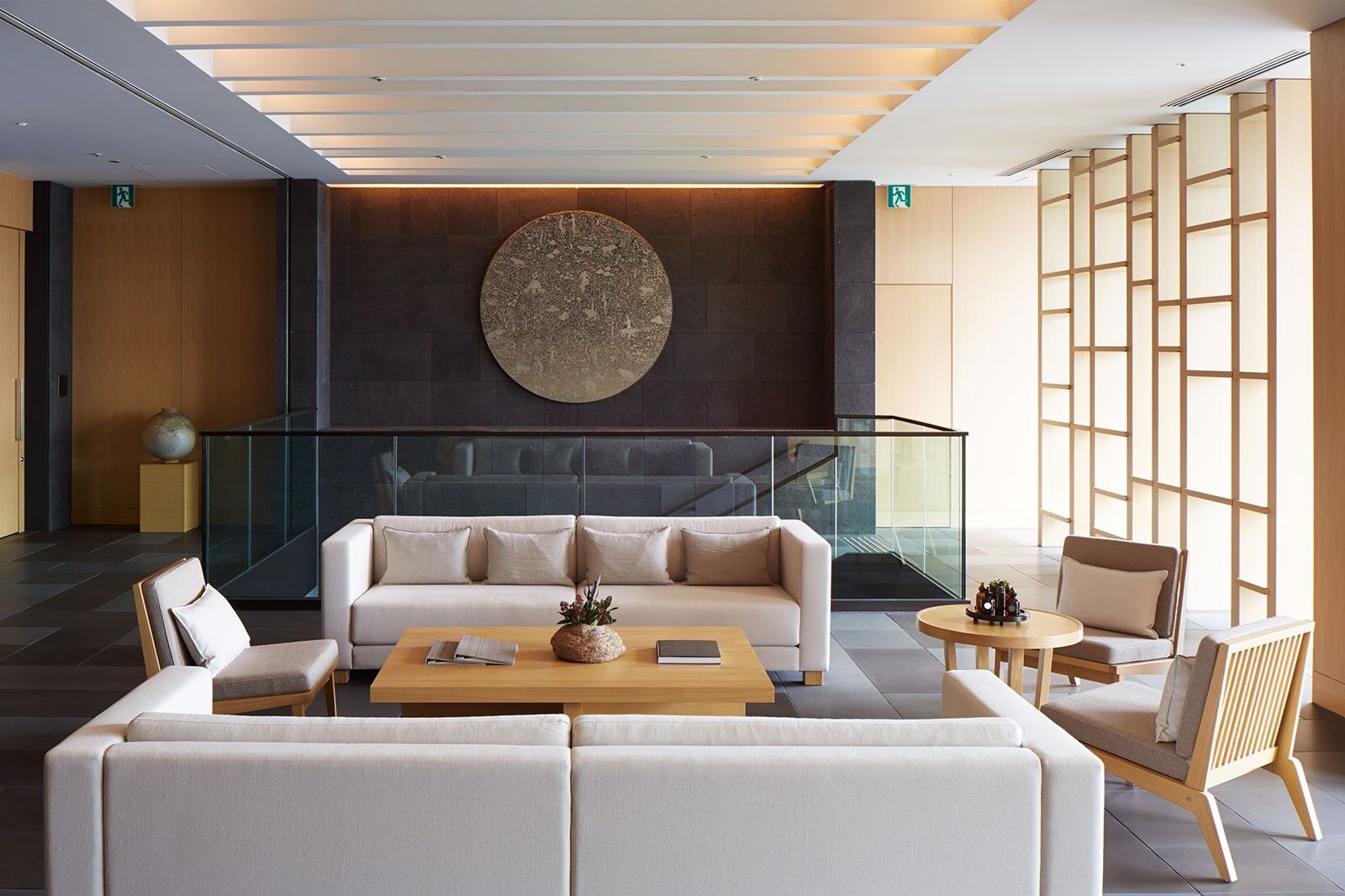 Explore Aman Tokyo Explore The Hotel And Its Surroundings Aman Luxury Rooms Luxury Hotel Interior