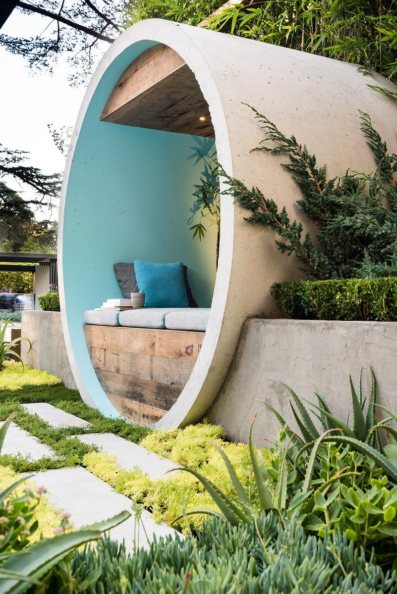 awesome Small Zen Design Garden Called Pipe Dream #Art #Cabin #DIY #Hut #Outdoor #Patio #Recycled #Repurposed #Urban #UrbanGarden For the development of this small zen conceptual garden, the Australian designer Alison Douglas used concrete pipes to create a sitting area, a basin ...