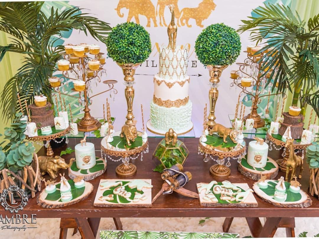 Chandelier round cake stands set of 3 pedestal base in