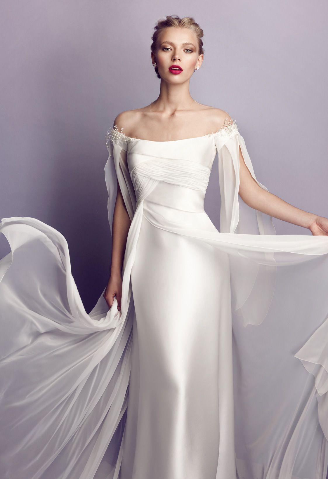 Collezioni Di Abiti Da Sposa A Roma Elvira Gramano Abiti Da Sposa Abito Da Sposa Elegante Abiti Da Sposa Chic