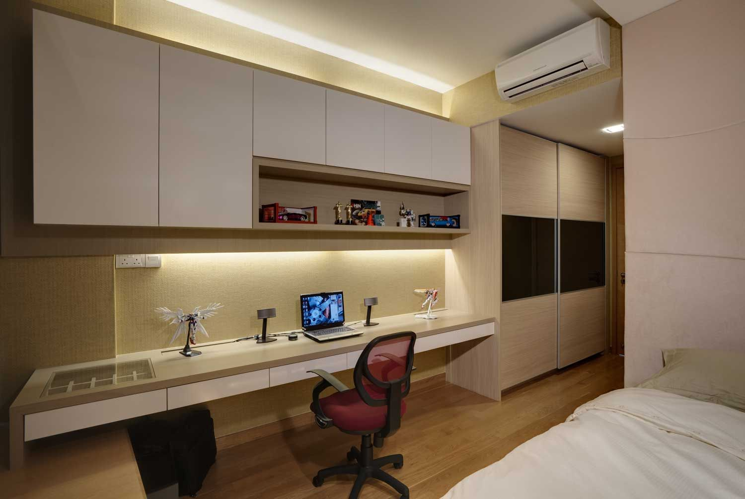 Singapore modern study room design google search for Study room wall cabinets