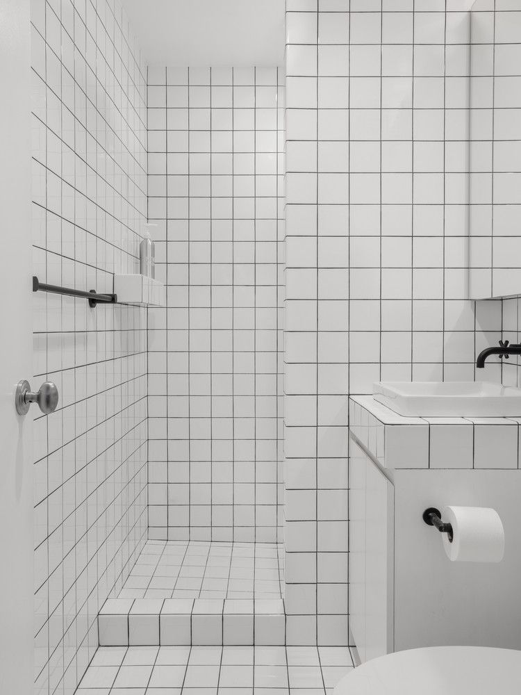 Two Graphic Bathroom Tile Ideas Courtesy Of Tali Roth Tile Bathroom White Square Tiles White Bathroom Tiles