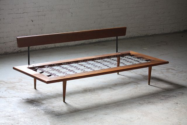 On Deck Handsome Mid Century Modern Daybed Sofa U S A 1960 S Mid Century Modern Daybed Modern Daybed Mid