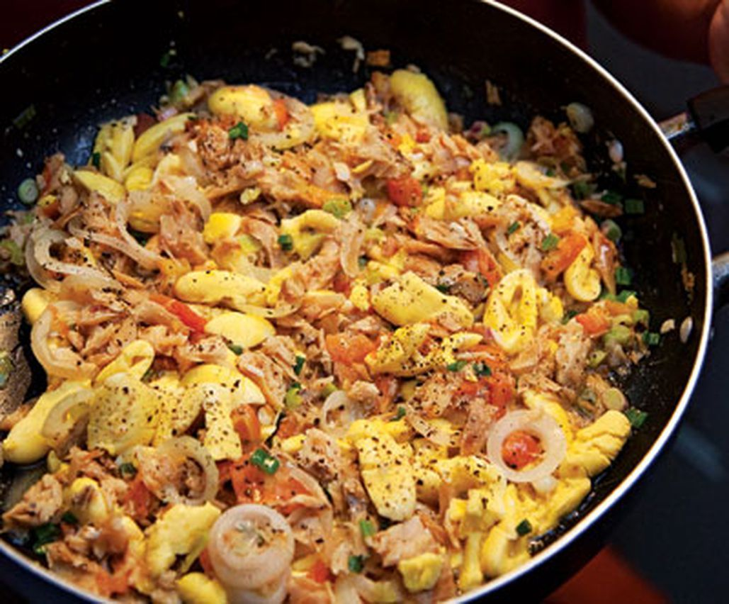 Ackee and Saltfish in 2020 Fish recipes jamaican